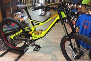 Specialized DEMO 8.2 Ohlins / Boxxer WC Charger