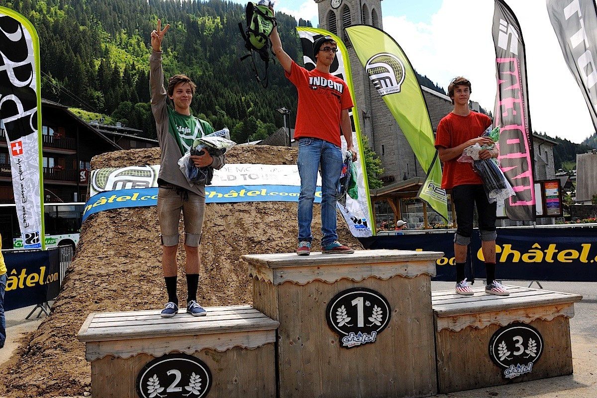 podium amateur
