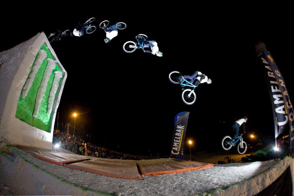 White Style 2011 Sam Pilgrim Backflip