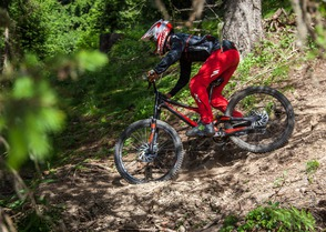 Test: La tenue Specialized Demo