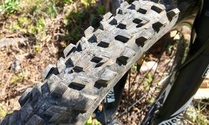 Le pneu avant, encore en excellent état