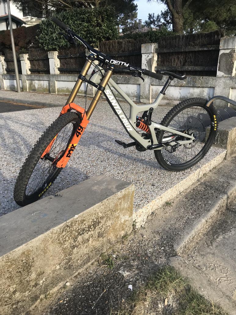Santa Cruz V10 CC 29 2019