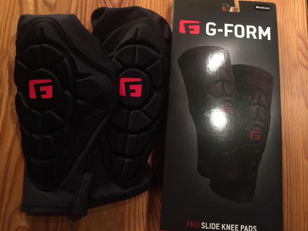 G FORM Pro-Slide : Des genouillères légères et confortables mais à réserver à un usage pas trop engagé!