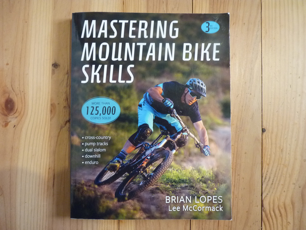 Human Kinetics Mastering Mountain Bike Skills (3rd edition)