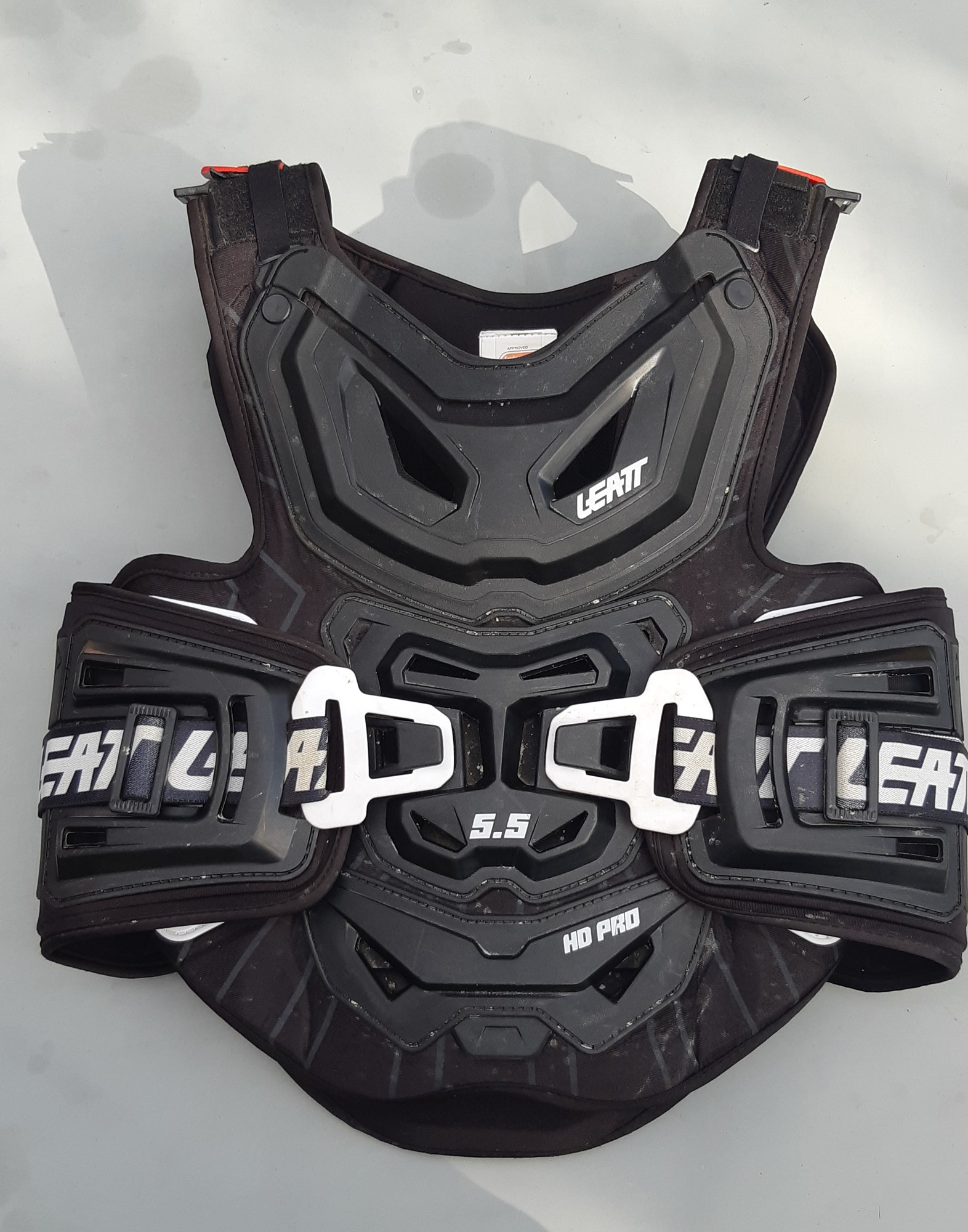 LEATT Chest Protector pro HD 5.5