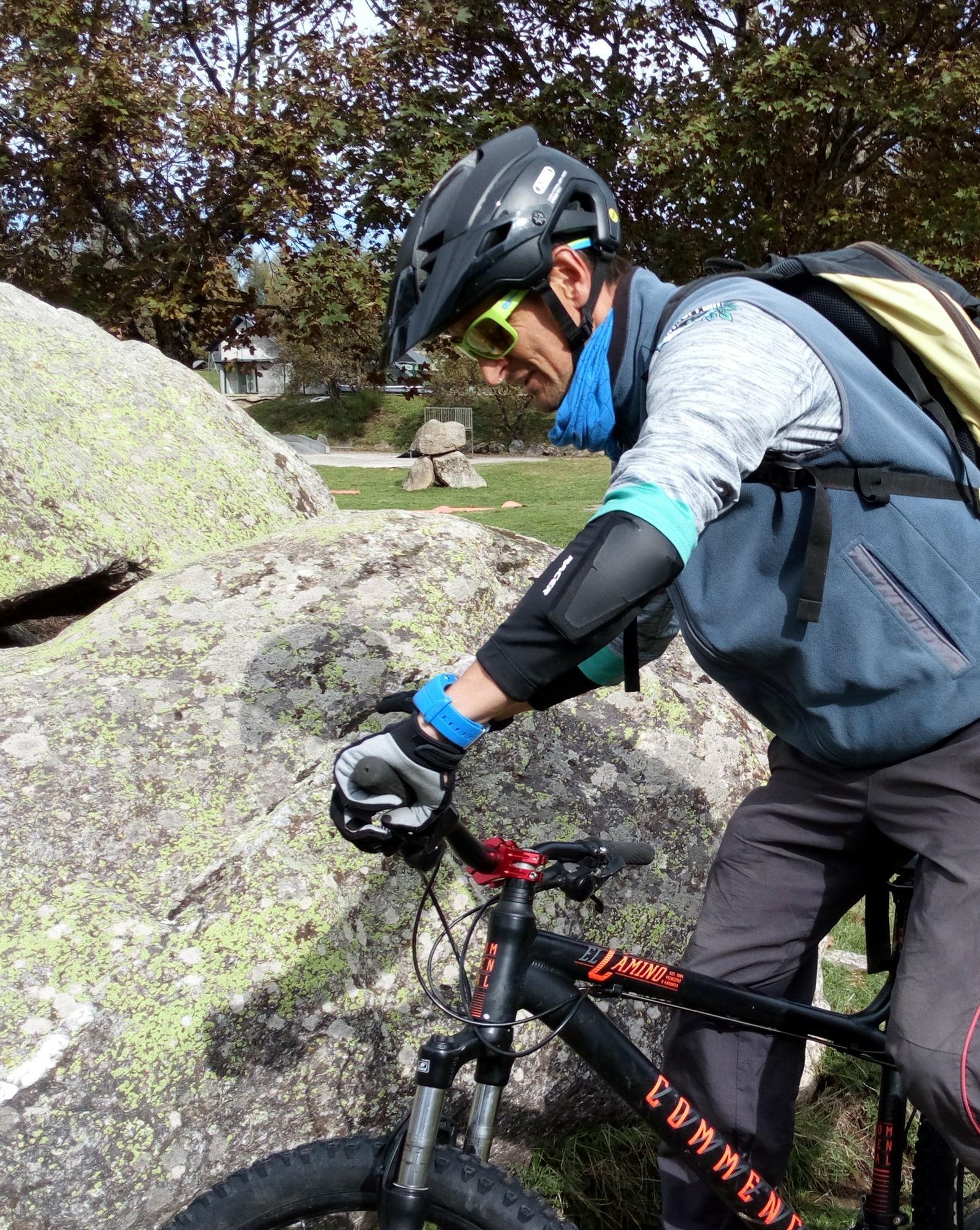 RACER Mountain Elbow 2