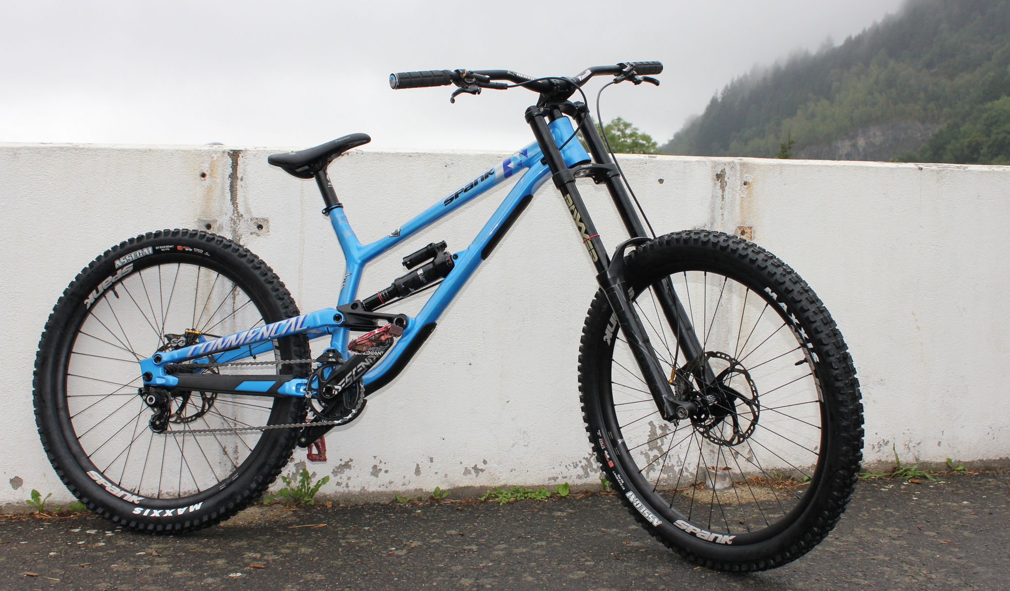 Commencal FURIOUS ESSENTIAL
