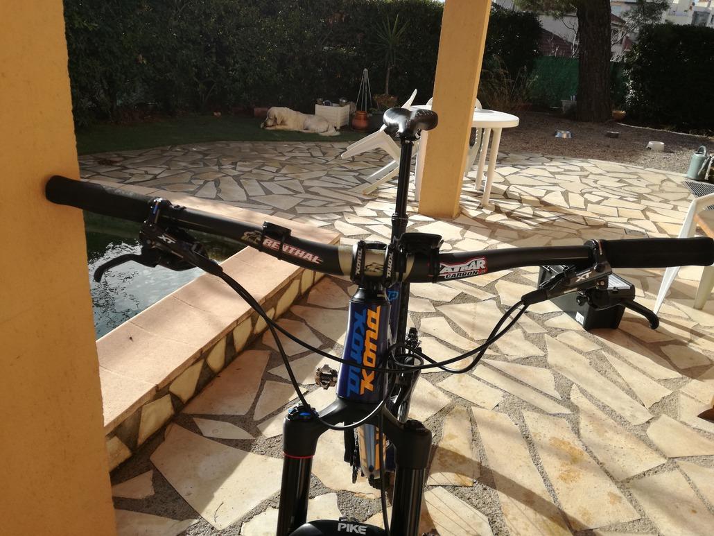 Vélo Guidon Renthal Fatbar V2 31.8 mm 20 mm Noir