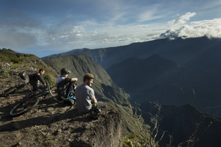 Components of Adventure: Reunion Island | SHIMANO