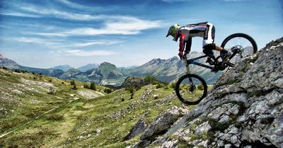 Le Bike Park du Dévoluy : pour apprendre en famille ou entre potes